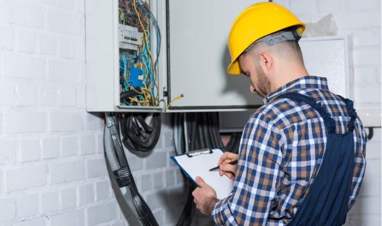 7 Signs You Should Replace Your Electrical Panel